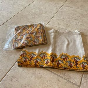 Set of 8 Thanksgiving placemats. Brand new.